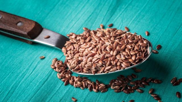 biji rami adalah sumber omega-3 asam lemak yang fantastis