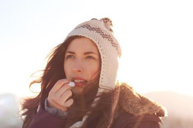 cara mencegah dan mengatasi bibir pecah-pecah