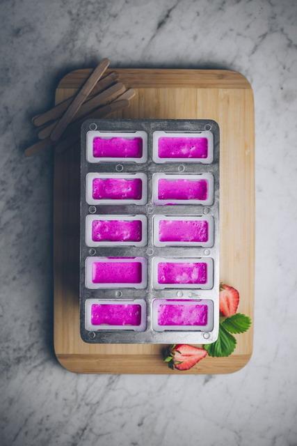 isi cetakan es stik