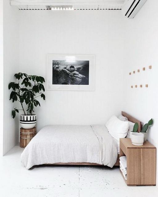 desain kamar tidur minimalis dengan aksen kayu
